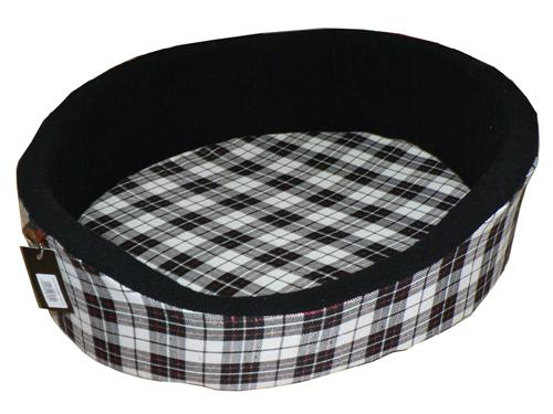 "Black & White Tartan Bed (32"")"